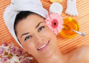 Маски для волос с медом и яйцом -  маленькие секреты