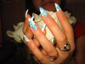 Наращиваем ногти в домашних условиях: советы